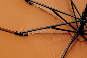 傘を支える8本フレーム_002