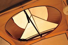 大型円形窓_005